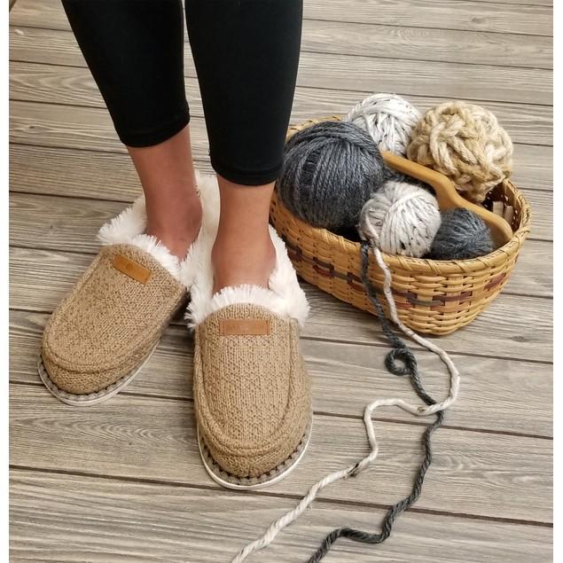GaaHuu Women's Moccasin Slippers
