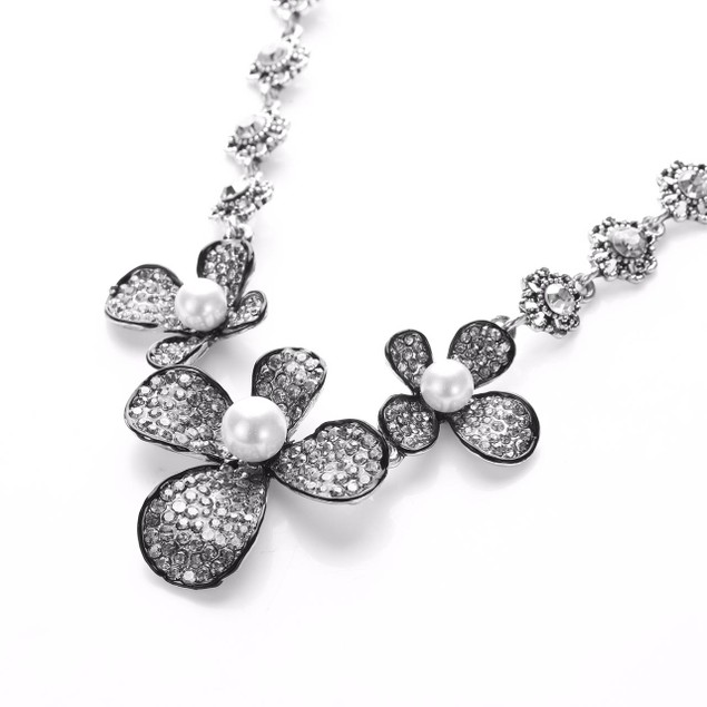 Dreamy Pave Pearl Petal Crystal Statement Necklace