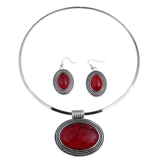Oval Coral Collar Setting Necklace Set
