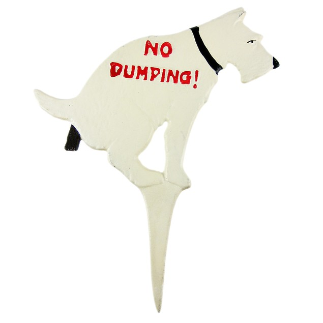 Funny No Dumping Cast Iron Yard Stake Dog Sign Garden Stakes