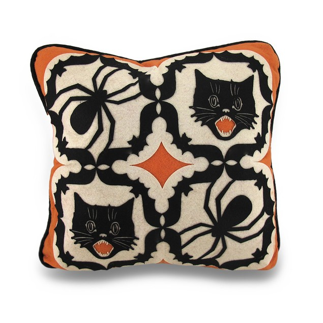 Bethany Lowe Cat And Spider Kaleidoscope Throw Throw Pillows