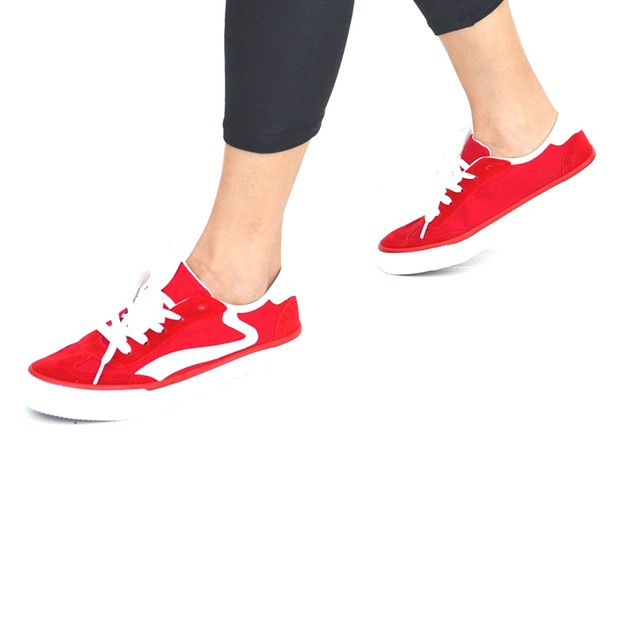 Mata Women's Lace Up Canvas Fashion Sneakers