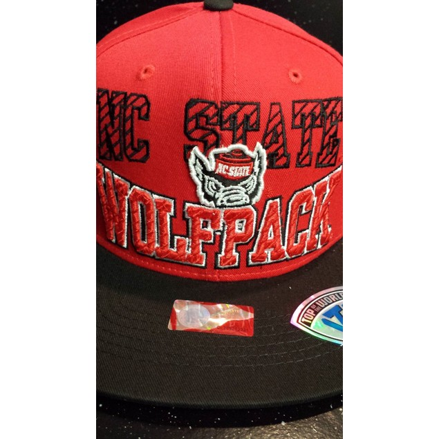"North Carolina State Wolfpack NCAA TOW ""Peekin"" Snapback Hat"
