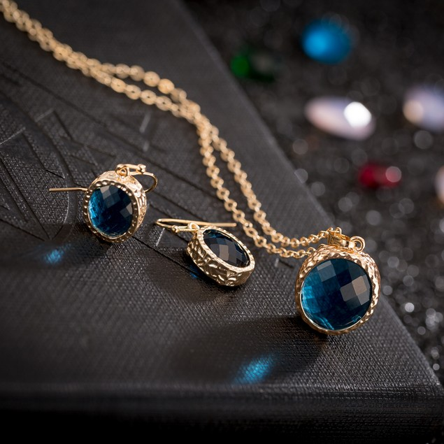 Gold Plated Light Sapphire Jewels Necklace & Earrings Set