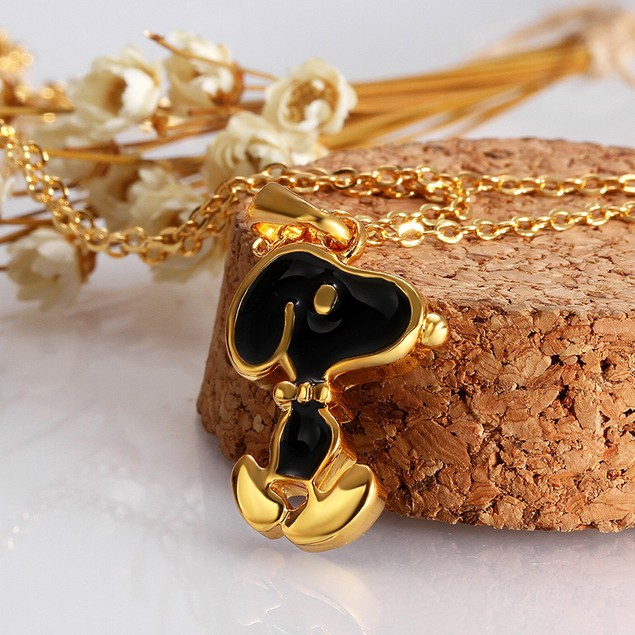 Beagle Necklace with Austrian Crystal