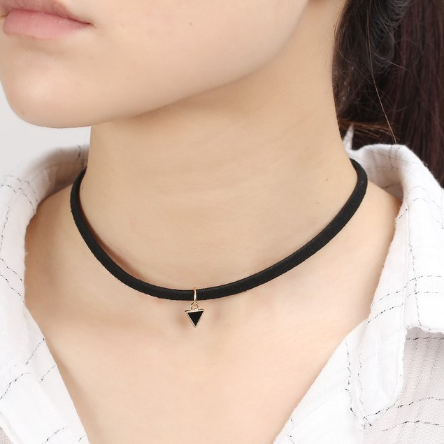 Triangle Choker Necklace - Black