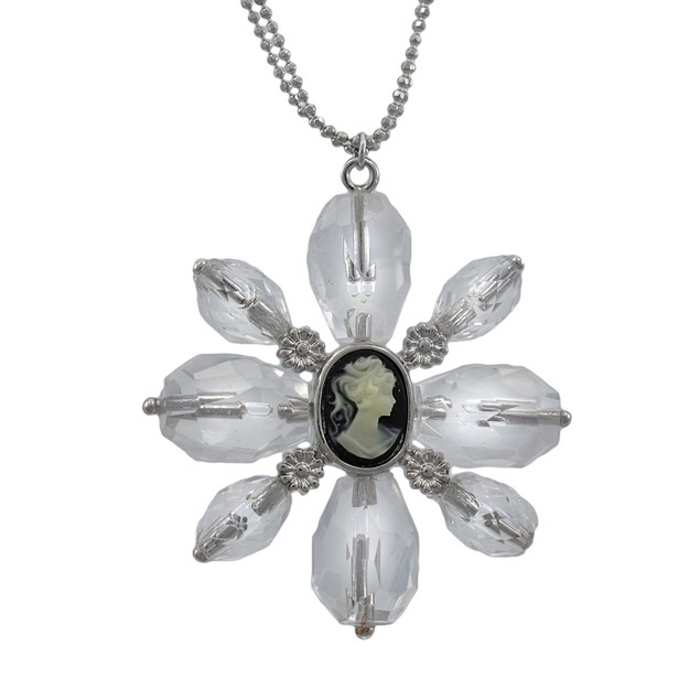 Clear Faceted Bead Flower Necklace With Cameo Pendant Necklaces
