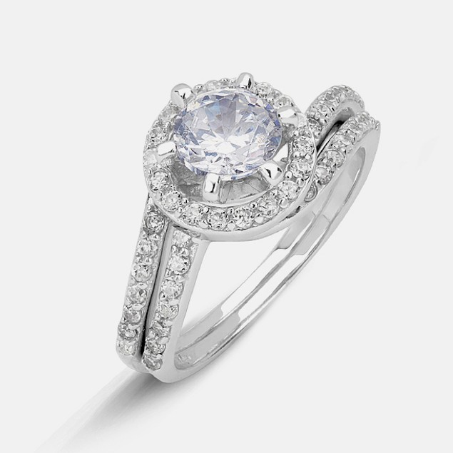 Sterling Silver Ladies Ring - Crystals