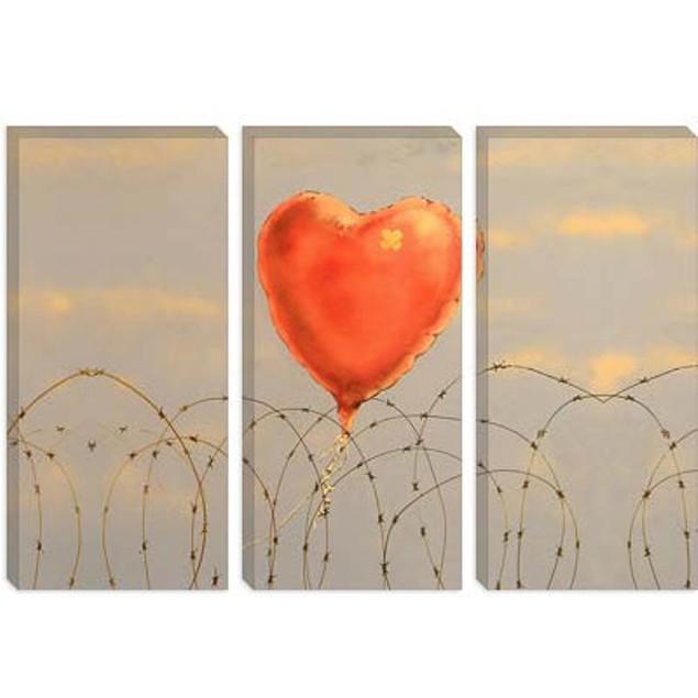 Barbed Wire Heart Ballon Canvas Print