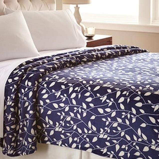 Luxurious Soft Flannel Fleece Leaf Pattern Blanket - Assorted Colors