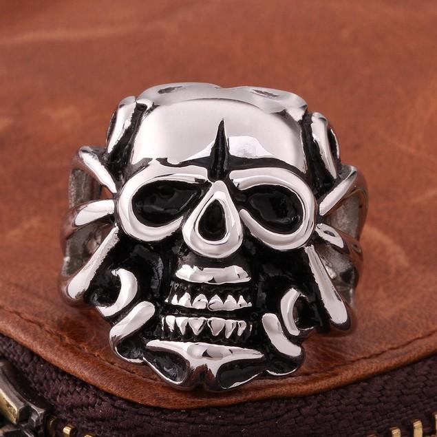 Single Skull Emblem Stainless Steel Ring