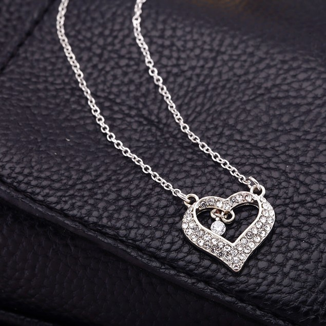 Cubic Zirconia Dangling Charm Heart Necklace
