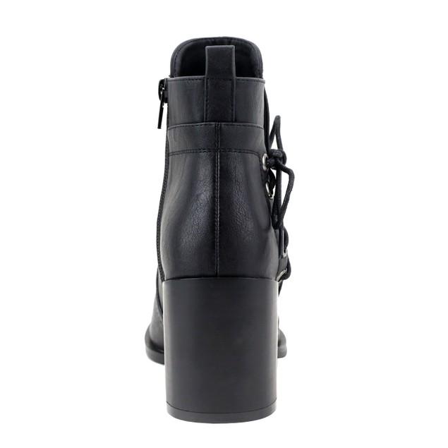 Olivia Miller 'East Village' Grommet Side Lace Chunky Heel Ankle Booties