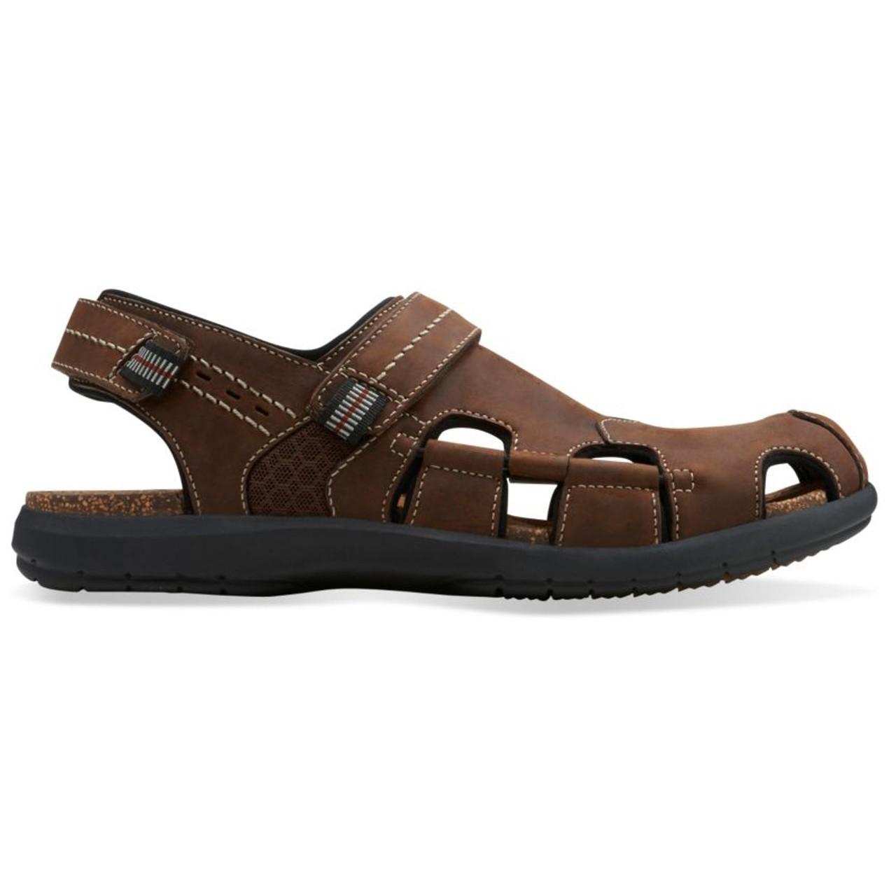 a12eb22f514 Clarks Mens Un.Bryman Bay Leather Sandal - Assorted Colors - Tanga