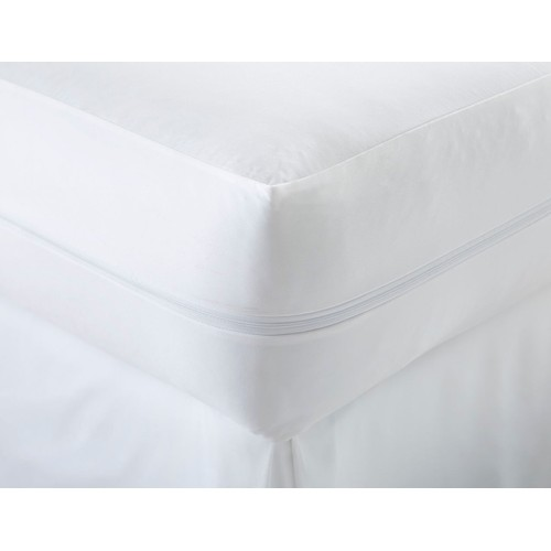 Merit Linens Premium Bed Bug and Spill Proof Zippered Mattress Protector
