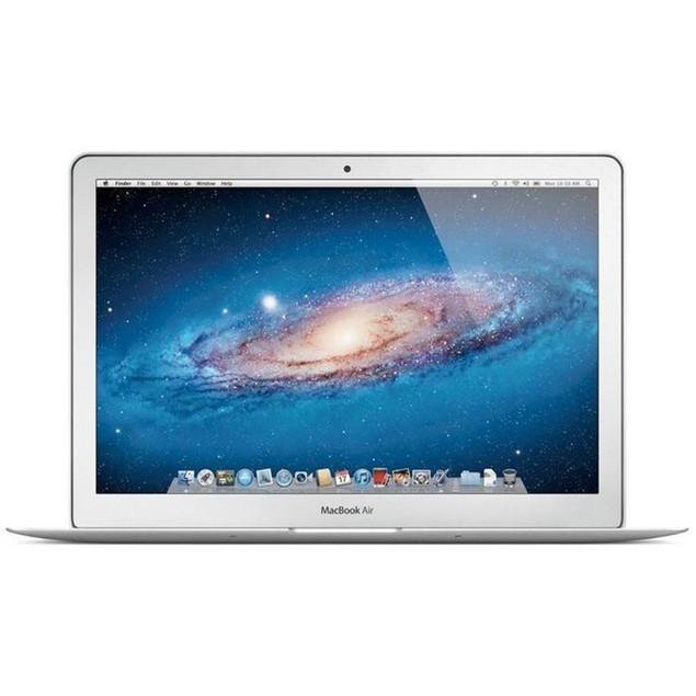 "Apple 11.6"" MacBook Air MD711LL/B with FREE Case (Core i5, 4GB RAM, 128GB)"