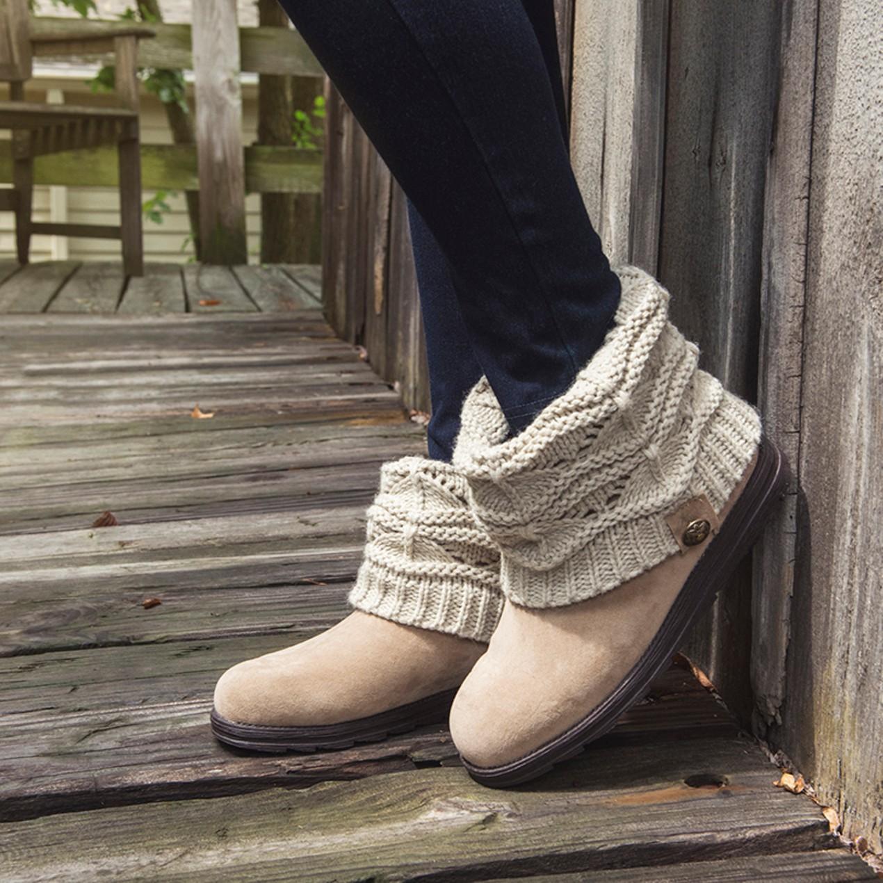 a80def0384e2b MUK LUKS Women s Patti Boots - Tanga