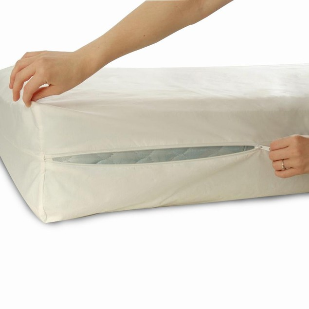 Ruthy's Textile Zippered Extra Heavy Mattress Protector