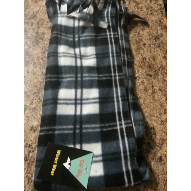 Fashion Plaid Scarves NWT!