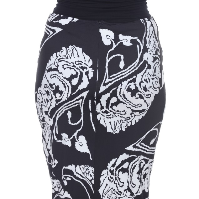 White Mark Women's Plus Size Mid knee Skirt