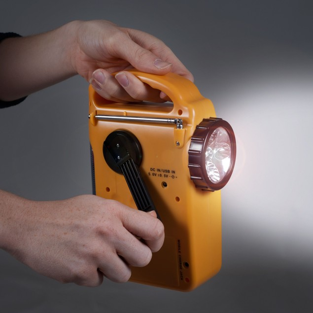 Stalwart Emergency Flashlight, Radio & Siren - 4 Power Supplies